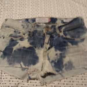 Chandra's To Dye For & Lucky Brand
